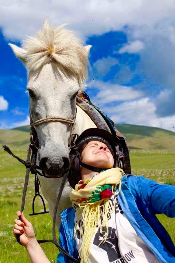 Etre à cheval sur la vallée d'Orkhon en Mongolie