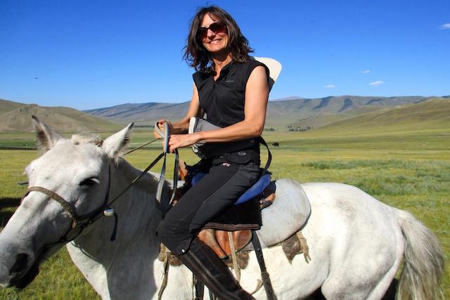 Cavalière sur l'Orkhon monts Khangai Mongolie