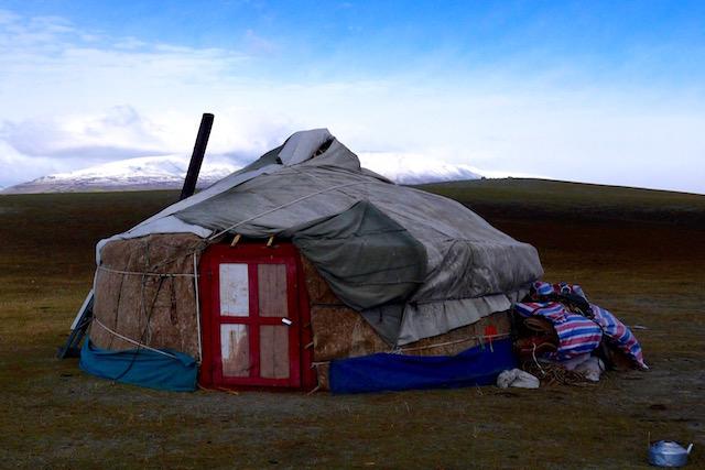 Yourte Kazakh mongole Tavan Bogd Altai